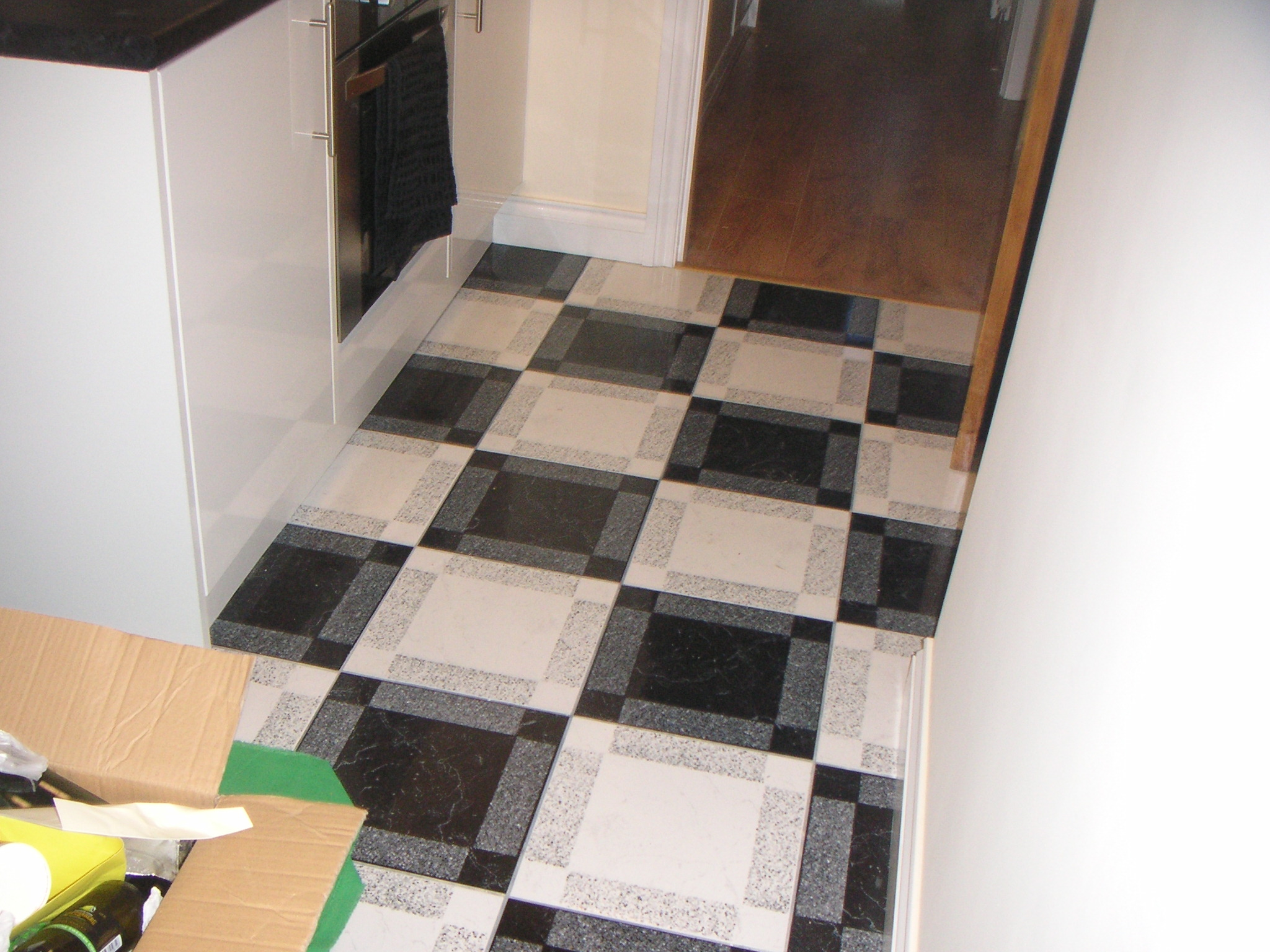 Tiling – kitchen & floor tiling banner 7