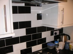 Tiling – kitchen & floor tiling