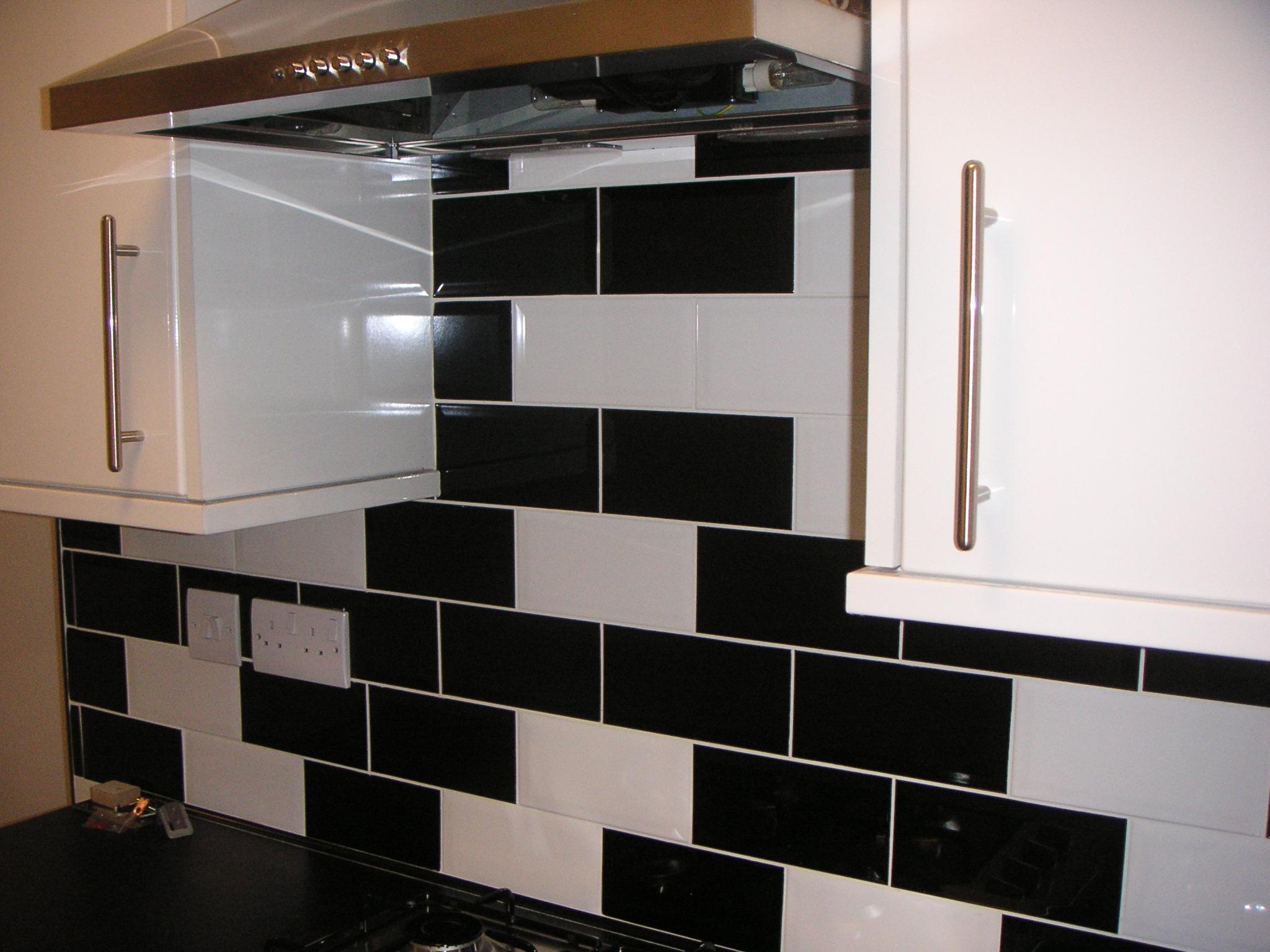 Tiling – kitchen & floor tiling banner 3