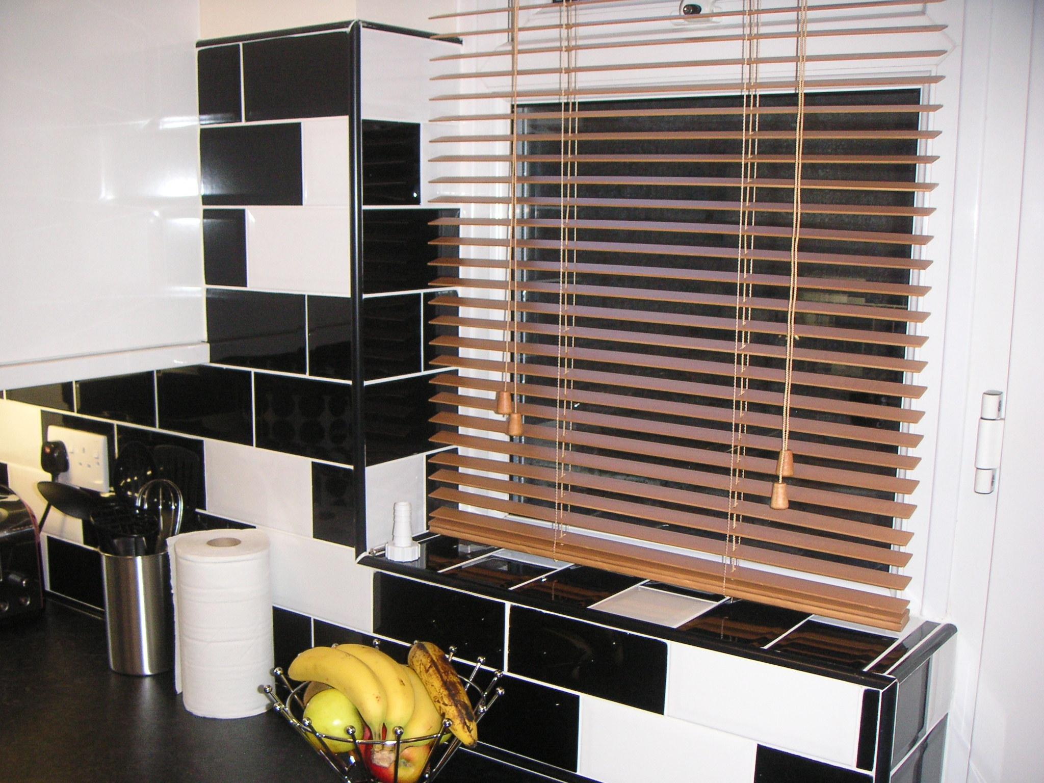 Tiling – kitchen & floor tiling banner 4